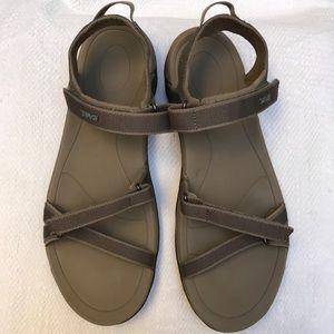 TEVA 11 sandals